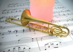 トロンボーンと楽譜